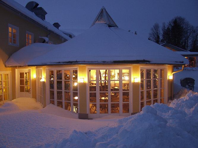 Schneeschuhwandern Wellness Bayerischer Wald Spa Haidmühle Dreisessel Wellnessurlaub